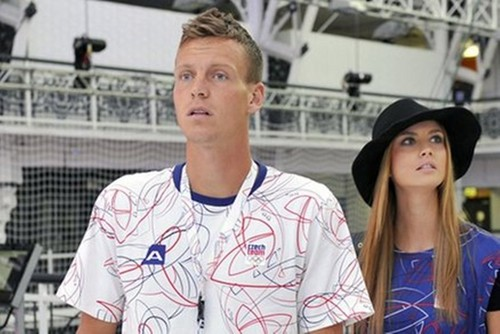Tomas Berdych is not happy with Ester !!! - youtube Photo