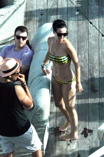 Wearing A Bikini In Miami [27 July 2012]