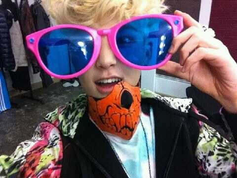 B.A.P wallpaper containing sunglasses called Zelo