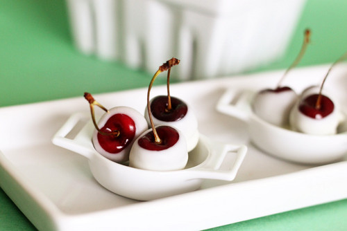 cherries-dipped in white chocolate - chocolate Photo