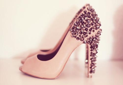 مجموعة احذية مشكلة ولا اجمل لسهرات fashion-glitter-heels-womens-shoes-31626492-500-346.jpg