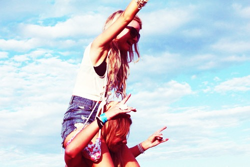 Photography Fan wallpaper titled friendship-girls