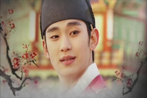 hyun(moon sun)