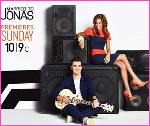 married to jonas promo picture