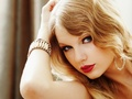 taylor-swift-hot-red-lipstick! - taylor-swift wallpaper