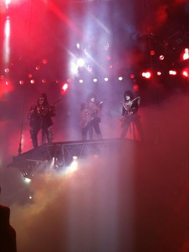 ☆ kiss ~ Raleigh show 2012 ★