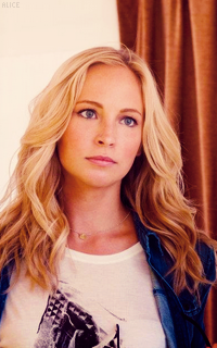 Candice Accola fondo de pantalla with a portrait titled » candice accola «