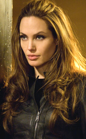 Angelina Jolie wallpaper possibly containing a portrait called Angelina Jolie - Wanted