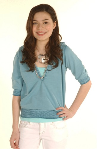 Miranda Cosgrove wallpaper with a blouse entitled Anthony Cutajar Photoshoot