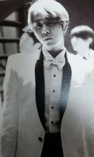"B2ST 'Midnight Sun"" Limited Edition Scans"