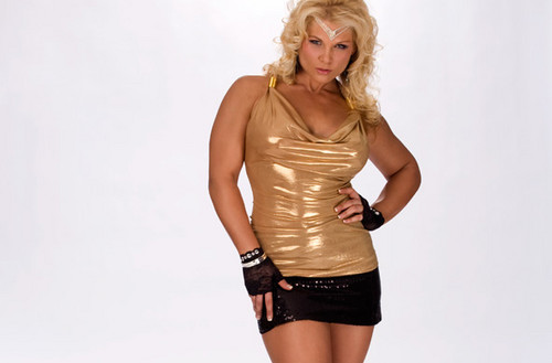 beth phoenix wallpaper entitled Beth Phoenix Photoshoot Flashback