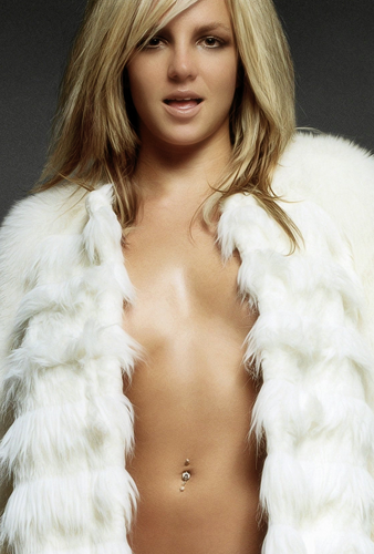 Britney Spears wallpaper containing a pelliccia cappotto titled Britney