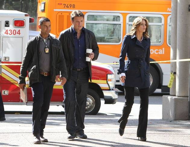 Nathan fillion and stana katic behind the scenes - photo#14