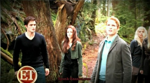Entertainment Tonight's Sneak Peek at new 'Breaking Dawn Part 2′ stills in EW!