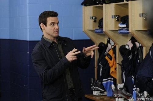 Episode 4.05 - No Pain No Gain - Promotional Photo - warehouse-13 Photo