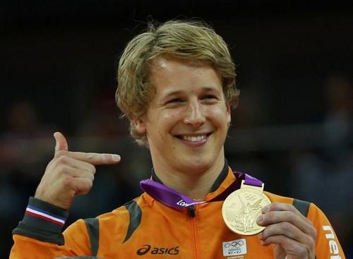 Epke Zonderland (NED)- dhahabu medalist at Horizontal Bar- London 2012