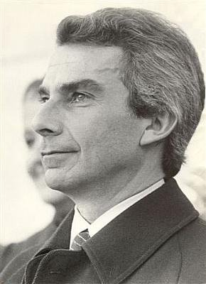 Francisco Manuel Lumbrales de Sá Carneiro(19 July 1934 – 4 December 1980)