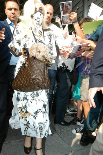 Gaga arriving in Sofia, Bulgaria (Aug. 11)