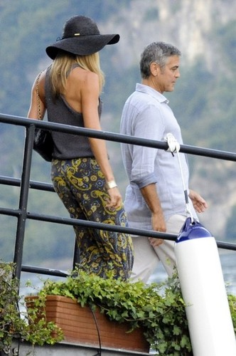 George Clooney and Stacy Keibler Get on a bateau [August 9, 2012]