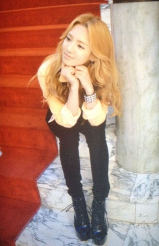 "Girls' Generation @  ""Paparazzi"" MV set"