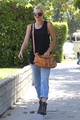 Gwen Stefani Out and About in LA [August 10, 2012] - gwen-stefani photo