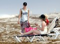 Gwen Stefani and Gavin Rossdale Make Out on the Beach [August 7, 2012] - gwen-stefani photo