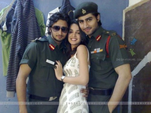 Harshad Chopda, Sanaya Irani and Kunal Karan Kapoor on sets of Left Right Left