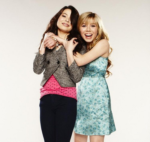Jennette & Miranda (icarly photoshoot)