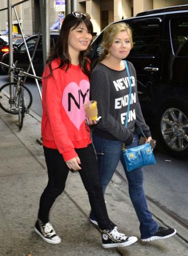 Jennette & Miranda