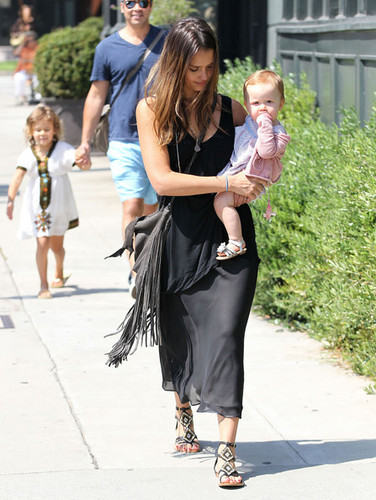 Jessica Alba And Family Out For Lunch In Brentwood [August 4, 2012] - jessica-alba Photo