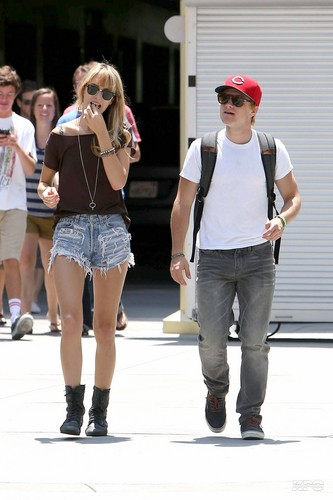 Josh & Lanchen leaving the फिल्में