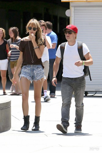 Josh & Lanchen leaving the movies - josh-hutcherson Photo