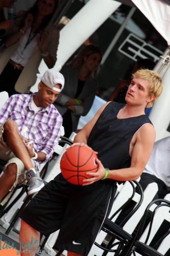 Josh at the SBNN باسکٹ, باسکٹ بال game