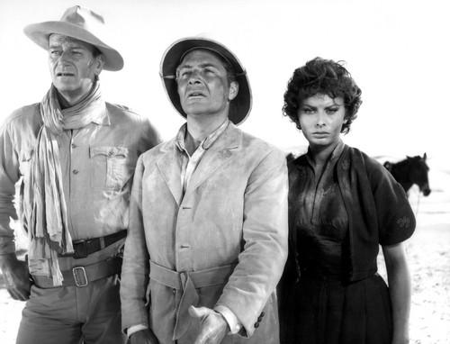 Legend of the 로스트 - John Wayne with Rossano Brazziand Sophia Loren