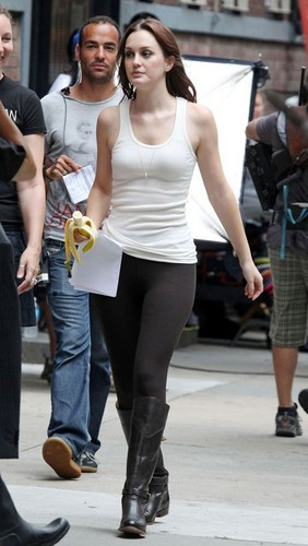 Leighton Meester on the set of 'Gossip Girl' in NYC