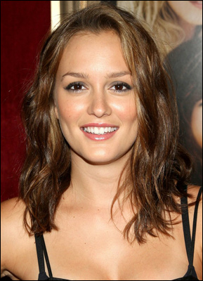 Leighton meester dating chuck 2
