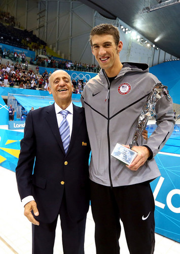 Michael Phelps پیپر وال with a business suit titled M. Phelps (London Olympics 2012)