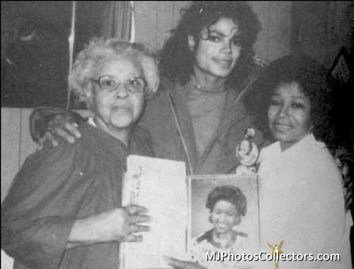 Michael With His Mother And Maternal Grandmother