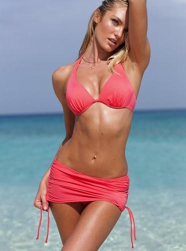New Bikini & купальник Pictures [9 August 2012]