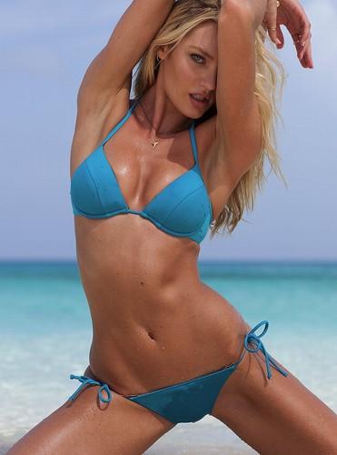 New Bikini & स्विमिंग सूट Pictures [9 August 2012]