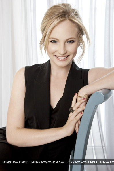 New outtakes from Candice's photoshoot with TV Guide (January 2011).