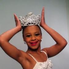 Nia Wearing Crown
