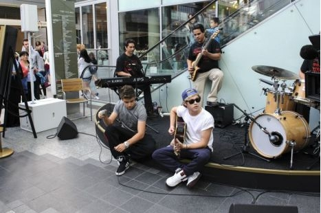 Niall And Louis Westfield Shopping Centre Spontaneous Concert August 2012 - one-direction Photo