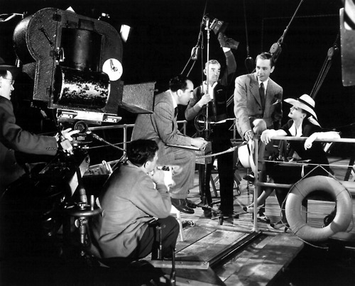 Now, Voyager - Behind the scenes