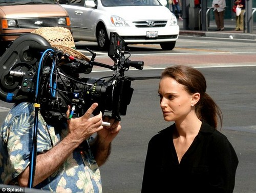 On Set of &#34;Knight Of Cups&#34; - natalie-portman Photo
