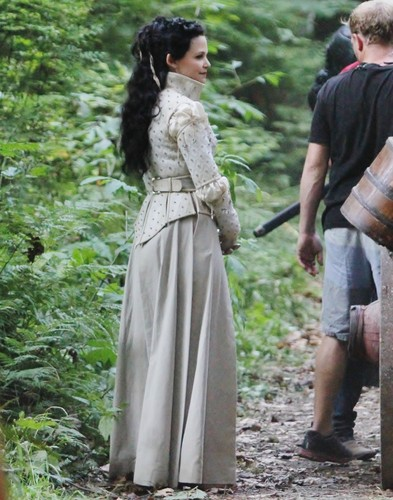 Once Upon A Time - Season 2 - August 9th set photos