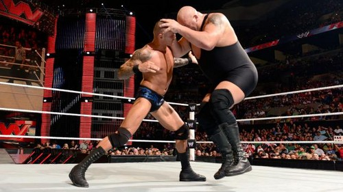 Orton vs ipakita