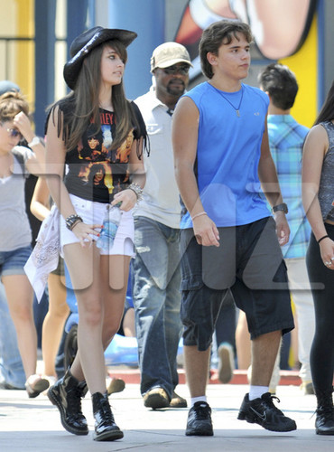 Paris Jackson and her brother Prince Jackson at Six Flags August 2012