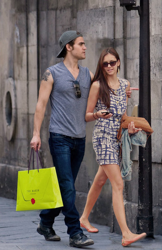 Paul Wesley and Nina Dobrev wallpaper with a street titled Paul and Nina <3