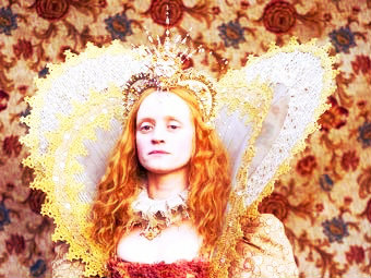 写真 from movie 'Virgin Queen'